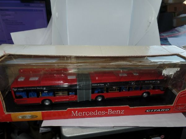 CMNL UKBUS5103 Bendy Articulated Bus Mercedes Citaro Red Arrow 507 PoorBox